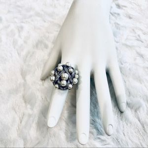 Brighton Grateful Freshwater Pearl Cluster Ring